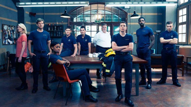 タロン・エガートンが出演していたイギリスのドラマ『スモーク 救命消防署』が初日本上陸