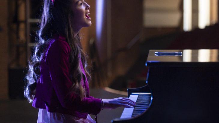 オリヴィア・ロドリゴが書き下ろした新曲「The Rose Song」『ハイスクール・ミュージカル:ザ・ミュージカル』6月25日配信の最新話に起用!!